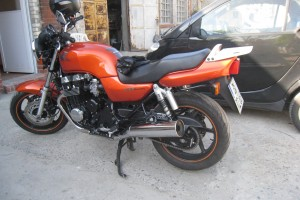 Anfertigung individueller Gepaecktraeger Honda 750